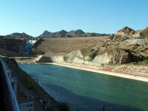 El agua que Galasa suministra al Levante almeriense podría provocar cáncer