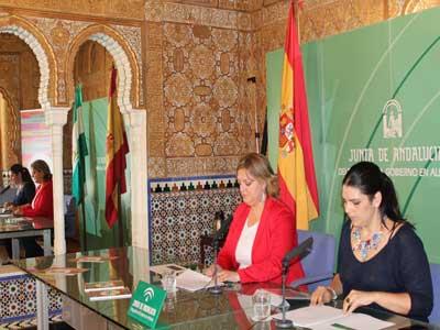La Junta pone en marcha en Almería la campaña 'Sí, es amor' para la prevención de la violencia de género en la juventud
