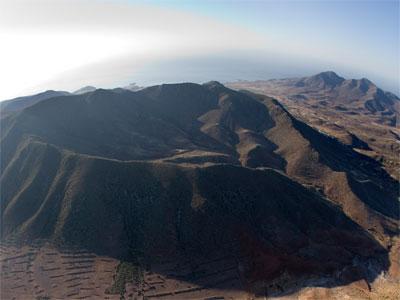 """Noticia de Almería 24h: Muestra del vulcanismo del Parque Natural Cabo de Gata-Níjar en una ruta por """"Majada Redonda"""""""