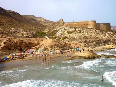Noticia de Almería 24h: La estela de Los Genoveses; otros dos proyectos de hoteles en suelo no urbanizable en Rodalquilar