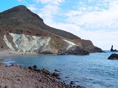 Noticia de Almería 24h: Fallecen dos bañistas en una cala del Parque Natural de Cabo de Gata